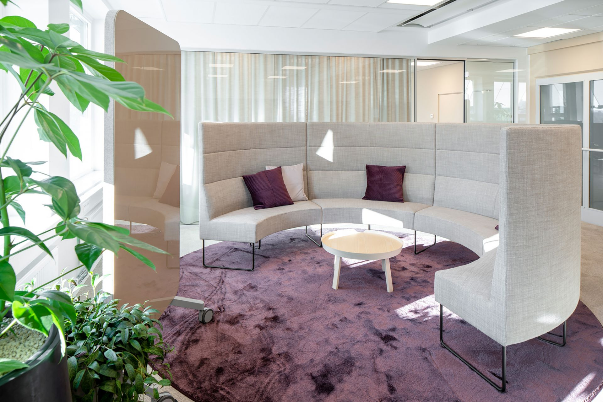 How To Furnish Conference Rooms And Meeting Rooms Efg