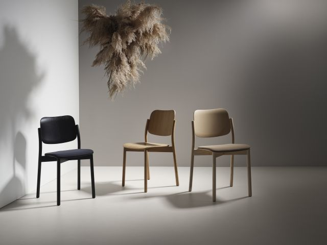 Zoe – A Nordic Ecolabelled wooden chair in several variants